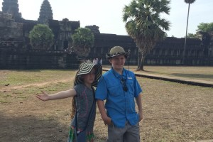 Family travel South East Asia, packing list Camboida, packing list Thailand, what to pack Thailand, family travel Thailand, what to bring Angkor Wat