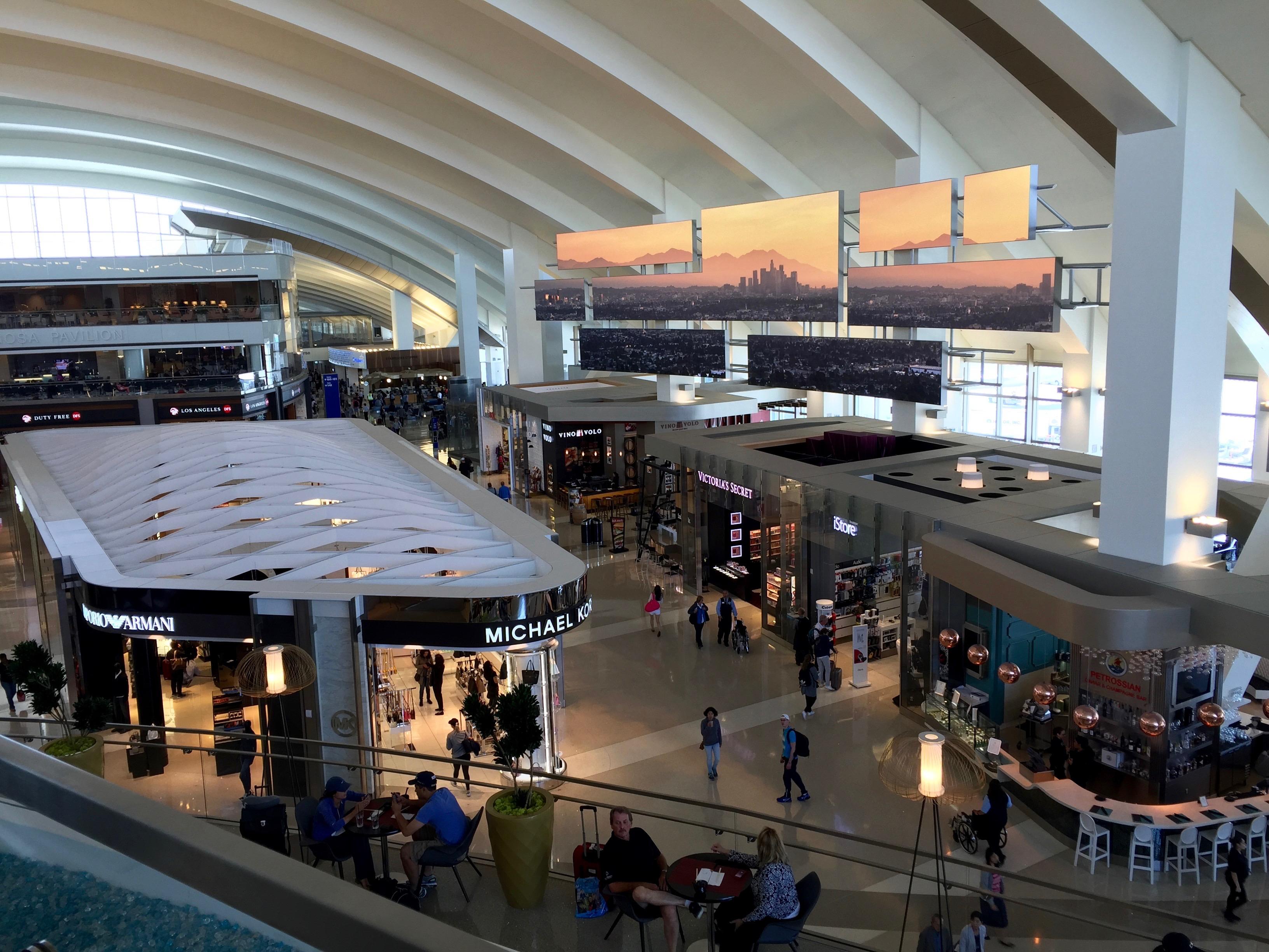Star Alliance Lounge, LAX Tom Bradley Terminal