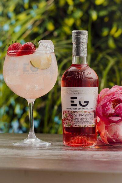 Edinburgh Gin Strawberry & Pink Pepper Gin Liqueur Cocktail Serve