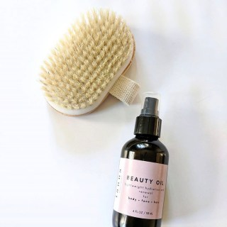 Natural Beauty Tip: Dry Brushing