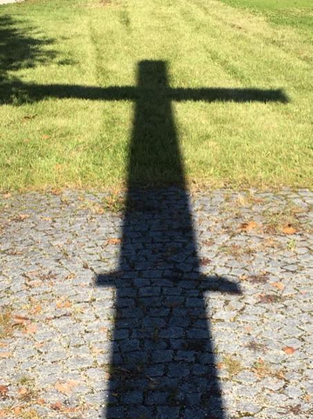 Schatten Kreuz