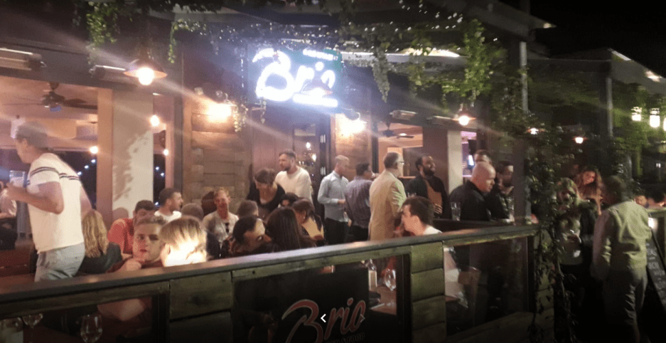 outside-venue-clapham-drinking-and-eating