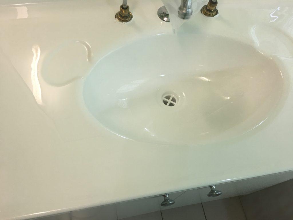 Resurfaced vanity top