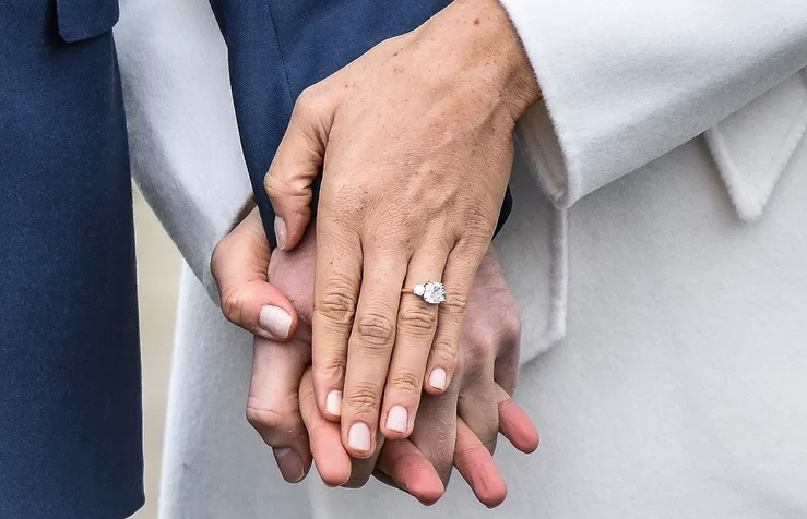 Megan Markle Engagement Ring Prince Harry  Brisbane