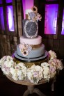 photos-of-wedding-cakes-at-briscoe-manor-029