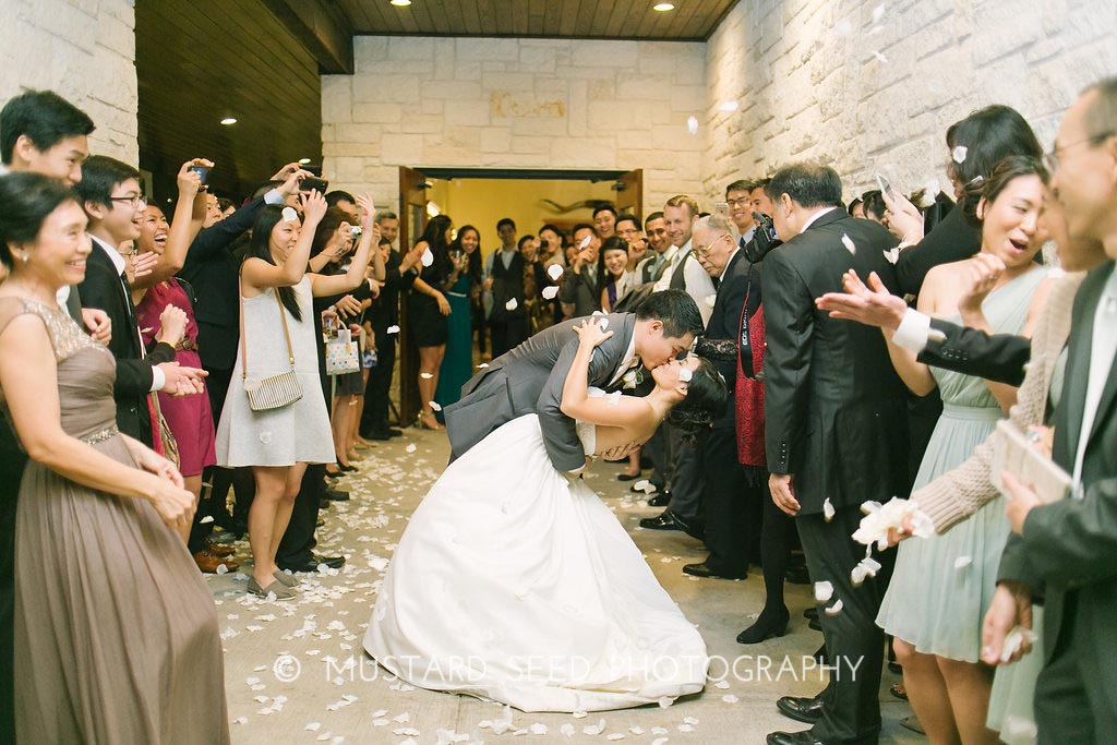 photos-of-wedding-departures-at-briscoe-manor-013