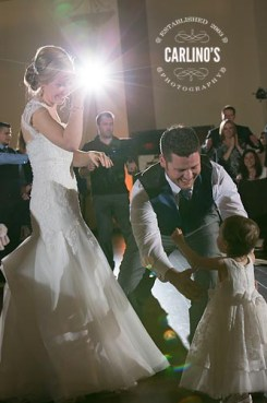 photos-of-wedding-receptions-at-briscoe-manor-113
