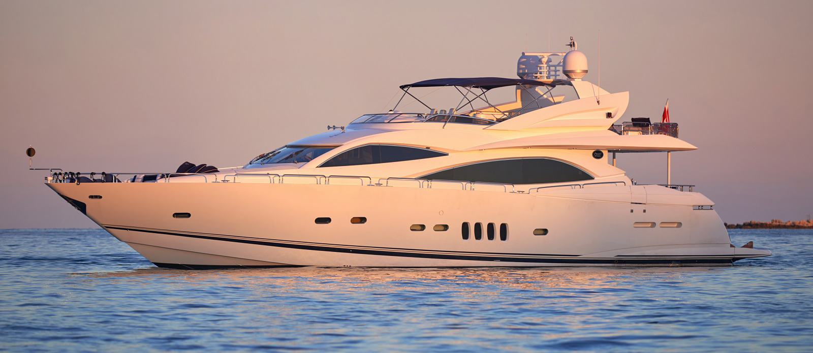 Sunseeker 94 Yacht - Pearl of London