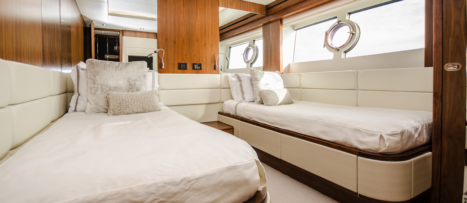 Sunseeker 86 Yacht - Twin-2