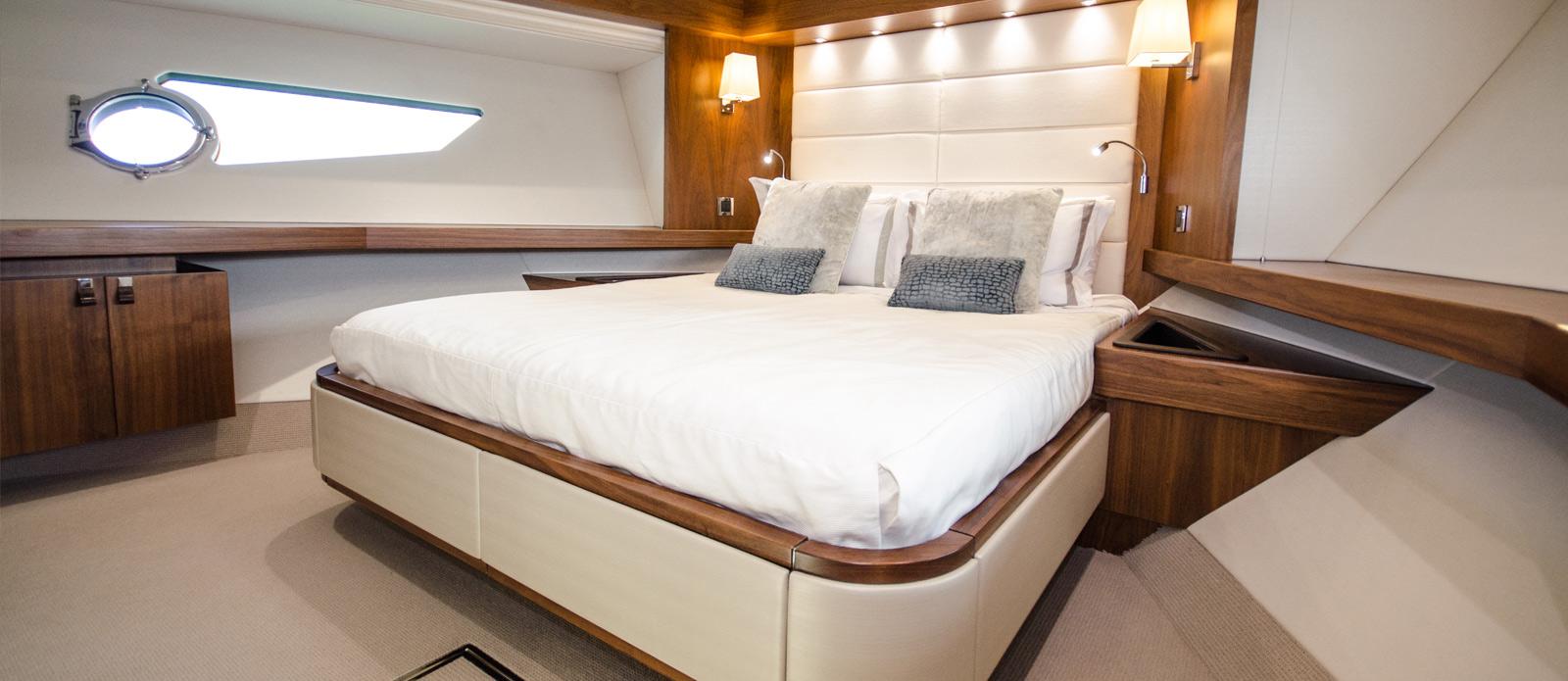 Sunseeker 86 Yacht - VIP-Cabin