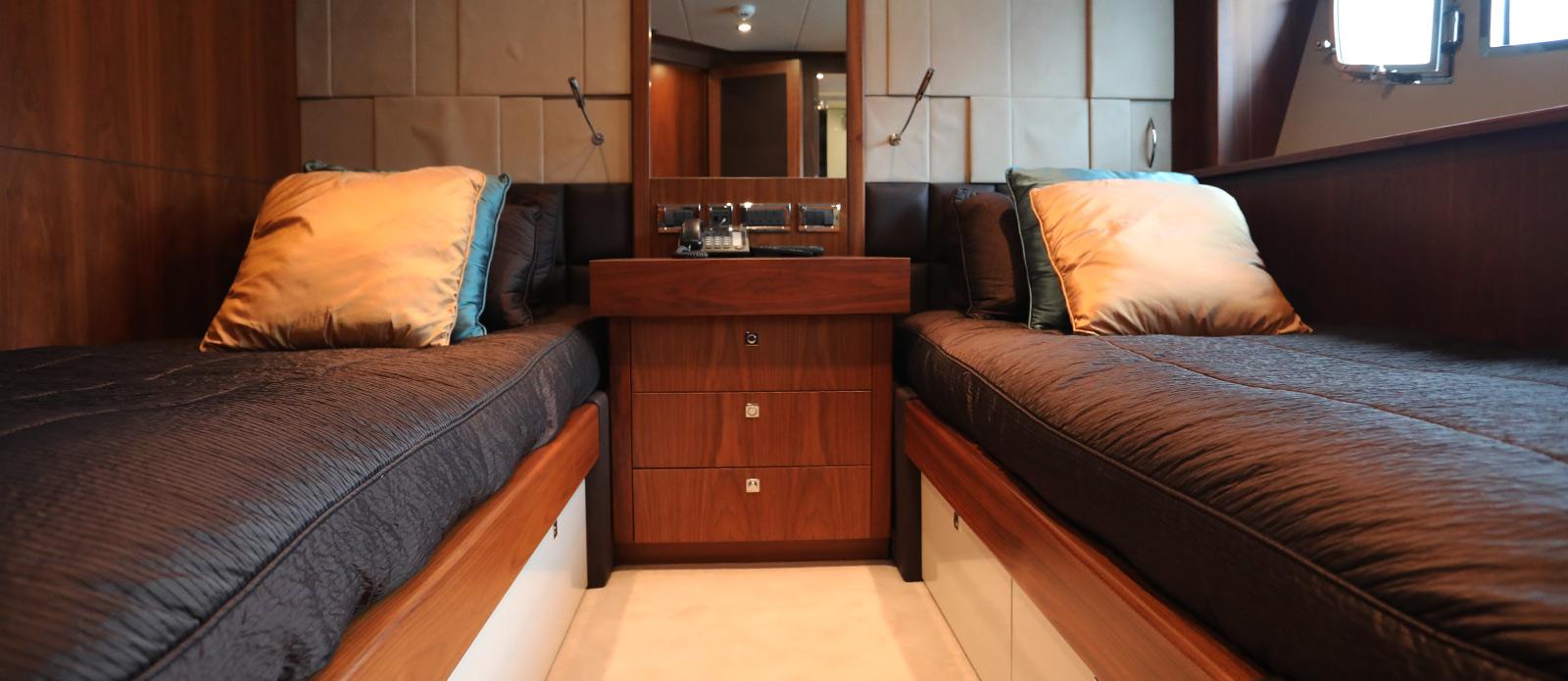 Sunseeker-30-Metre-Yacht-Coraysa-Twin-Guest-Cabin
