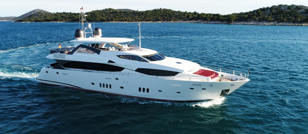 Sunseeker Yacht 34M White Pearl at Anchor in Croatia