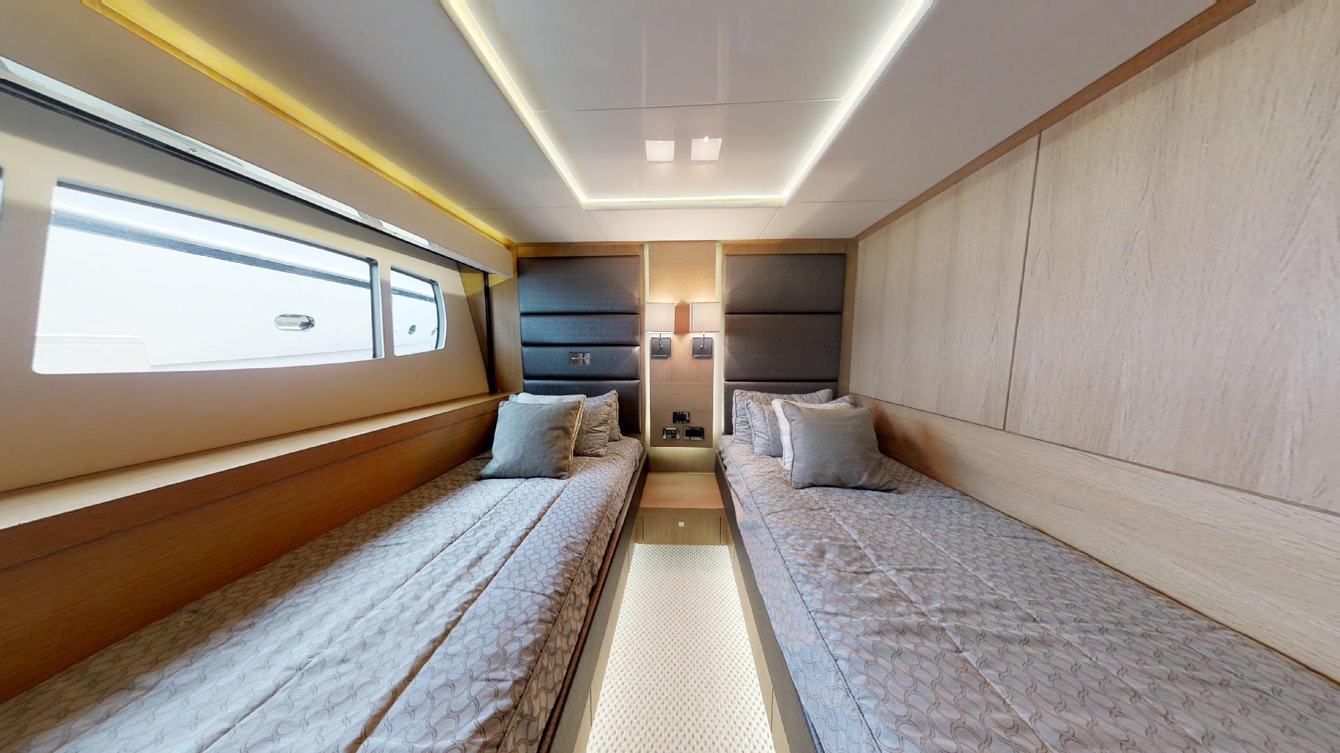 Manhattan-Express-II-Twin Guest Cabin Portside