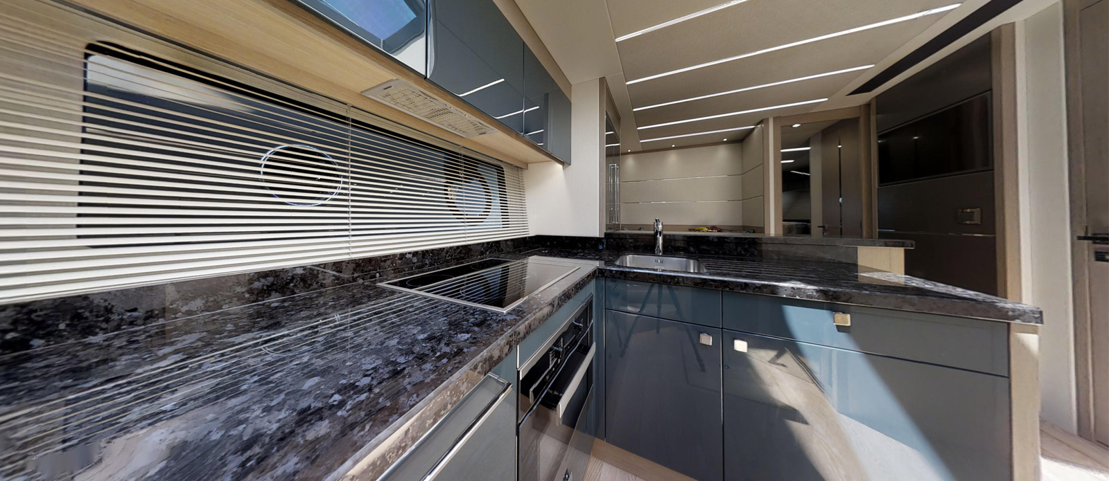 Sunseeker 74 Predator - Galley