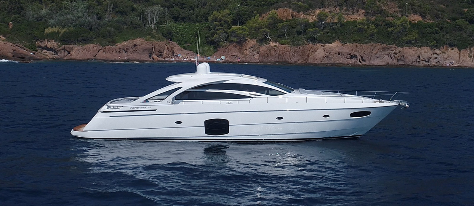 Pershing 70 - Ritmo De Vida - Side-Profile