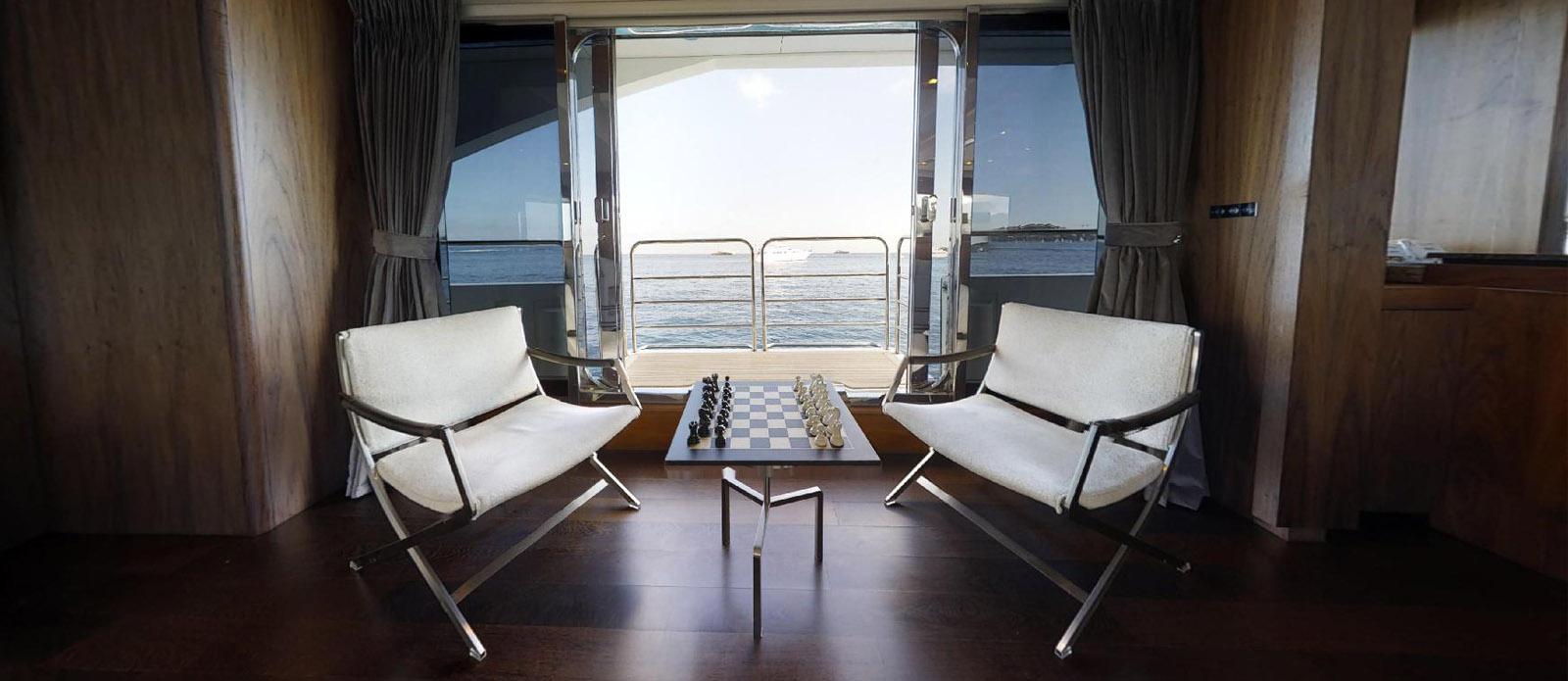 Sunseeker-115-Sport-Yacht-Zulu-Chess
