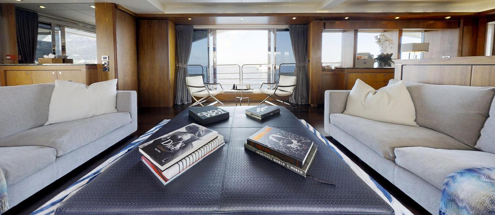Sunseeker-115-Sport-Yacht-Zulu-Saloon5