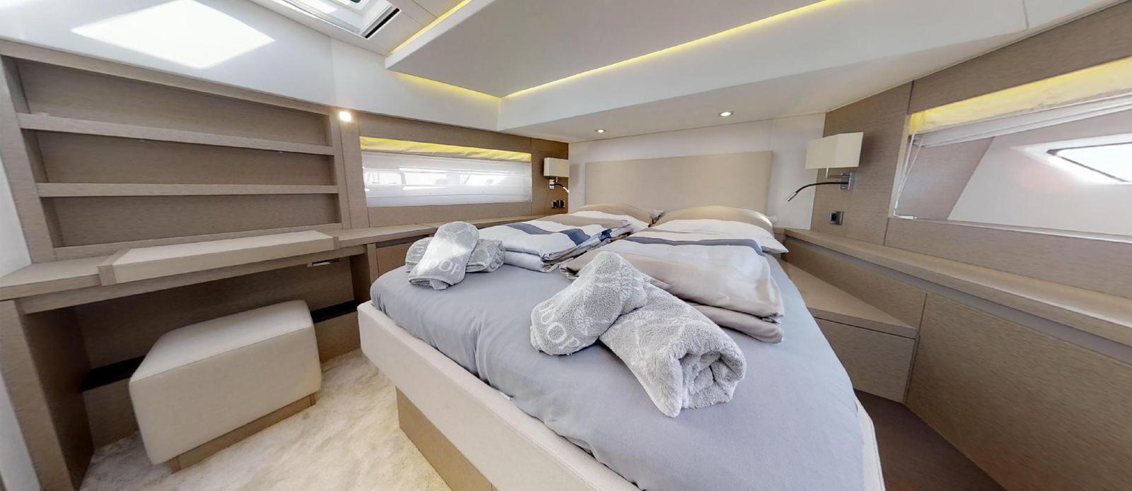 Prestige-630---Boss---Forward-VIP-Cabin-1