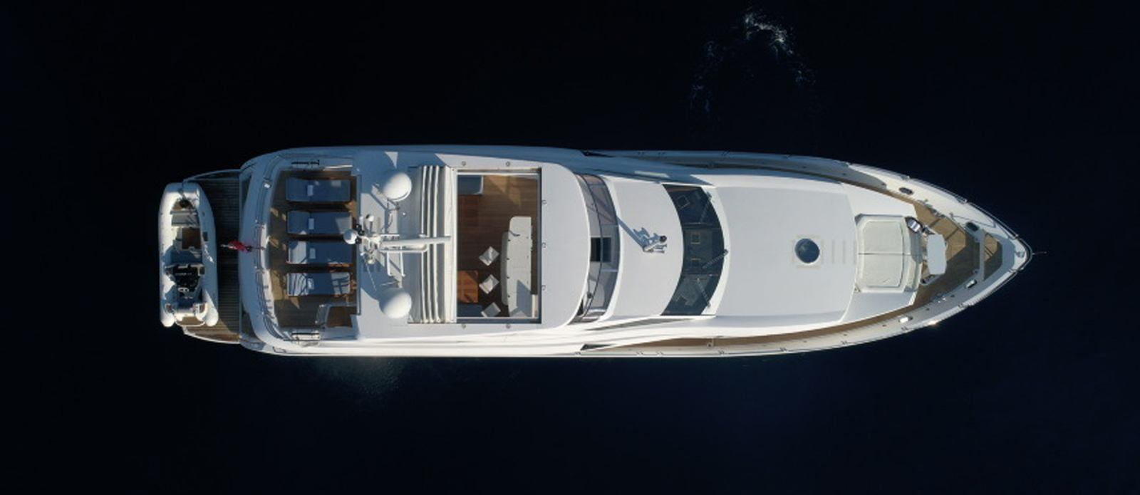 Sunseeker-30-Metre-Yacht-Tuppence---Overhead-2