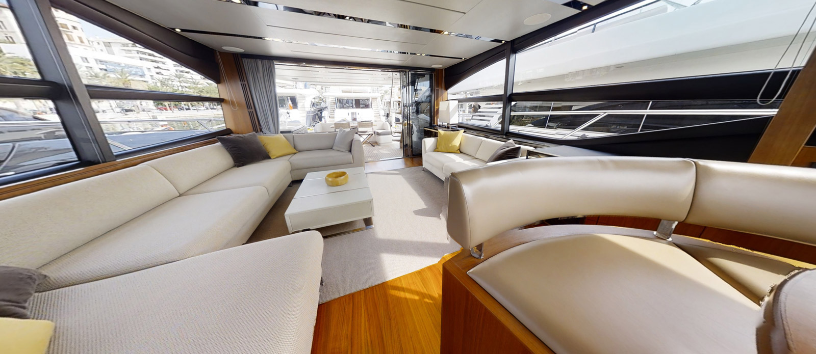 Princess-S72-Gee-n-Tee-Saloon-Looking-Aft