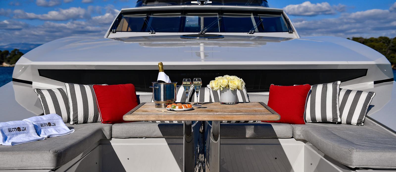 Sunseeker-34-Metre-Yacht---Emoji---Bow-Seating-2
