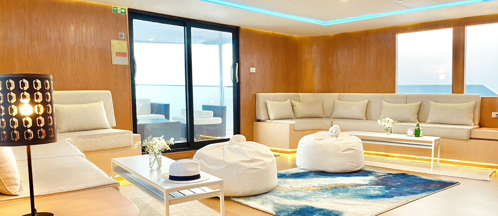 Safira-Luxury-Yacht-For-Sale-Interior-5