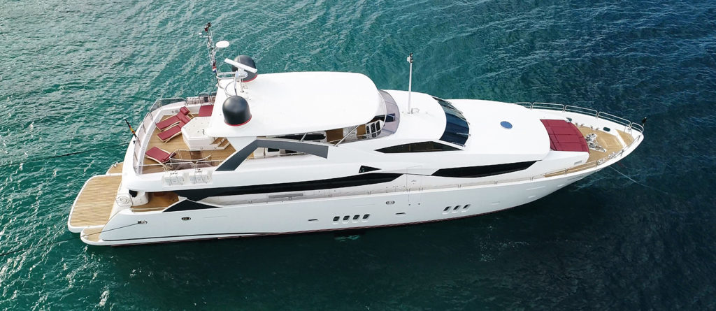 Sunseeker Yacht 34M White Pearl at Anchor