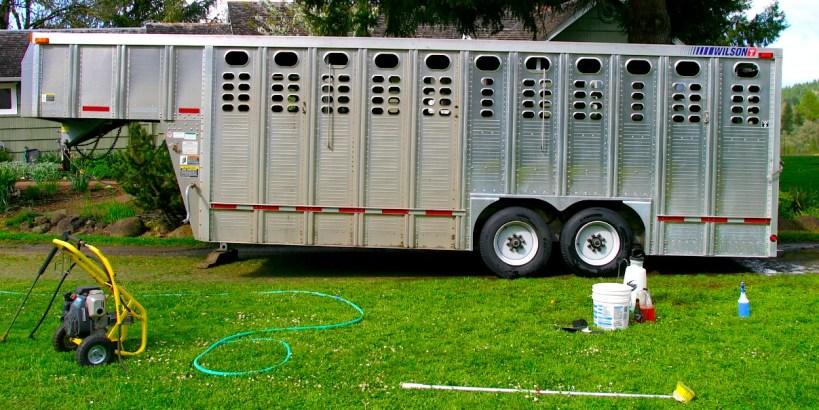 Halfway-cleaned-Aluminum-trailer