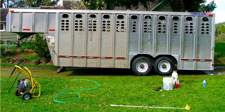Cleaning Wilson Aluminum Trailers