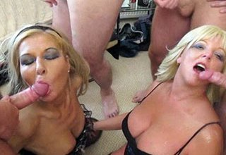 2 filthy Liverpool housewives share 20+ loads