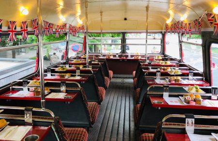 1年の締めくくりにロンドンバスでアフタヌーンティーを