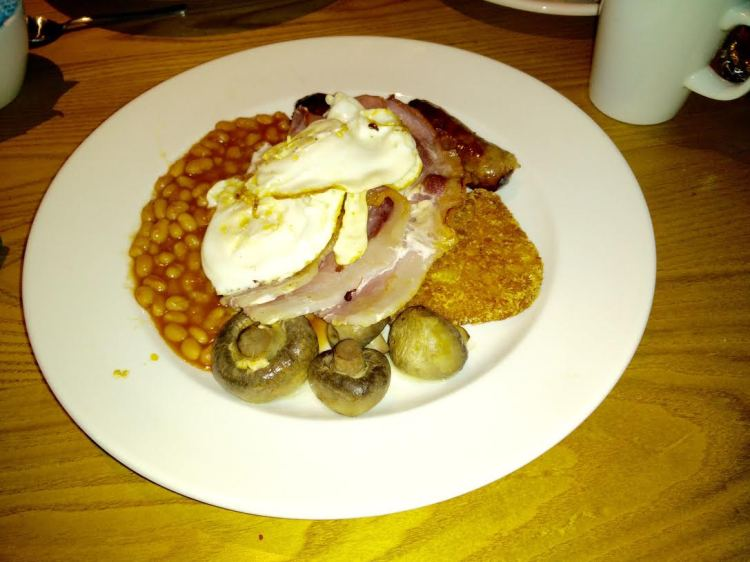 George In The Tree Beefeater Full English Breakast