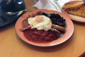Roasters Restaurant and Coffee Shop Tamworth - Full English Breakfast