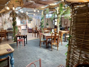 The Forest - Delightful Interior - Tamworth