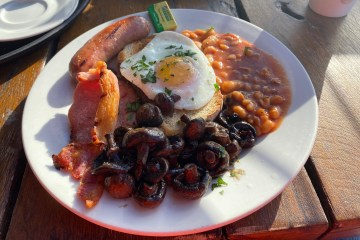 Mud-Dock-Cafe-Full-English-Breakfast