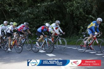 Our bunch of survivors heading back into Aalborg. Photo courtesy of Sportstiming