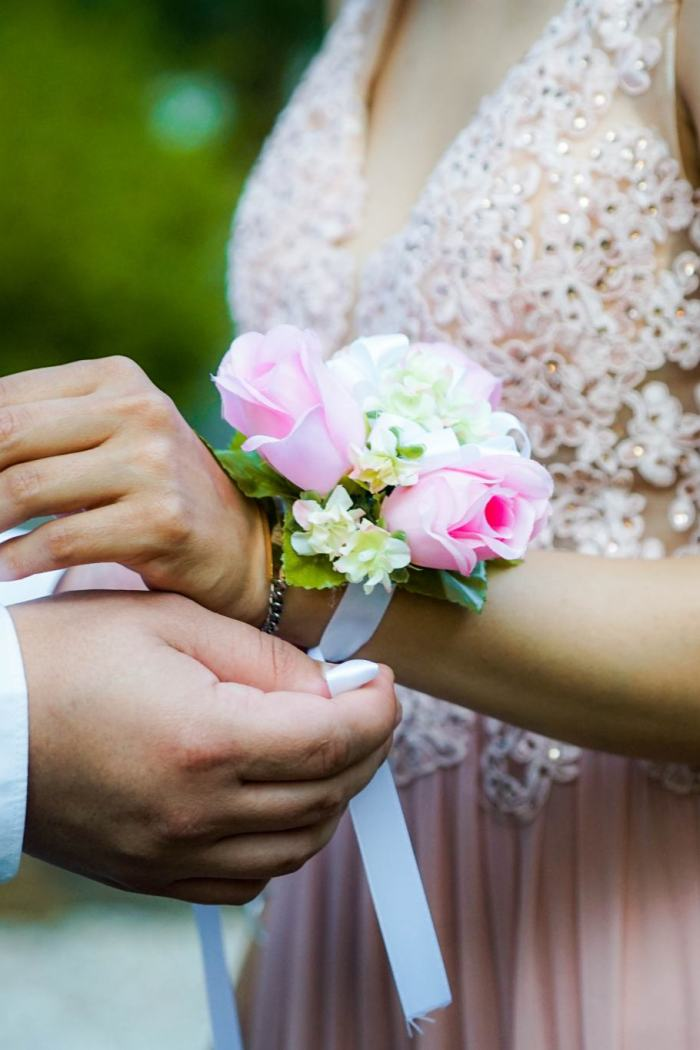 Dress Code Tips for Wedding and Prom Season