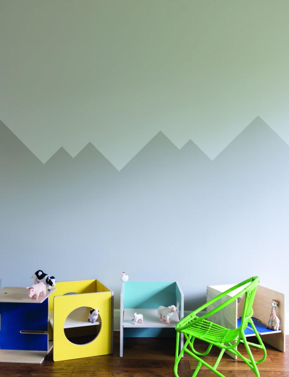 Neutral nursery decor ideas - silver/grey