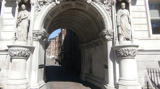 Promenade londonienne sur les lieux de tournage cinéma et TV