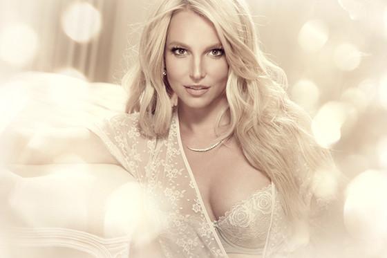 rs_560x373-140726095507-1024.Britney-Spears-Lingerie.jl.072614
