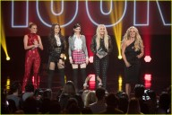 britney-spears-receives-first-icon-award-at-radio-disney-music-awards-28
