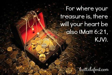 heart treasure chest