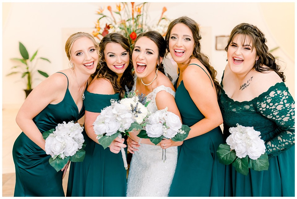 bride and bridesmaids baton rouge wedding day
