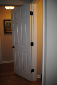 Replacing Door Knobs & HingesThe Easy Way!