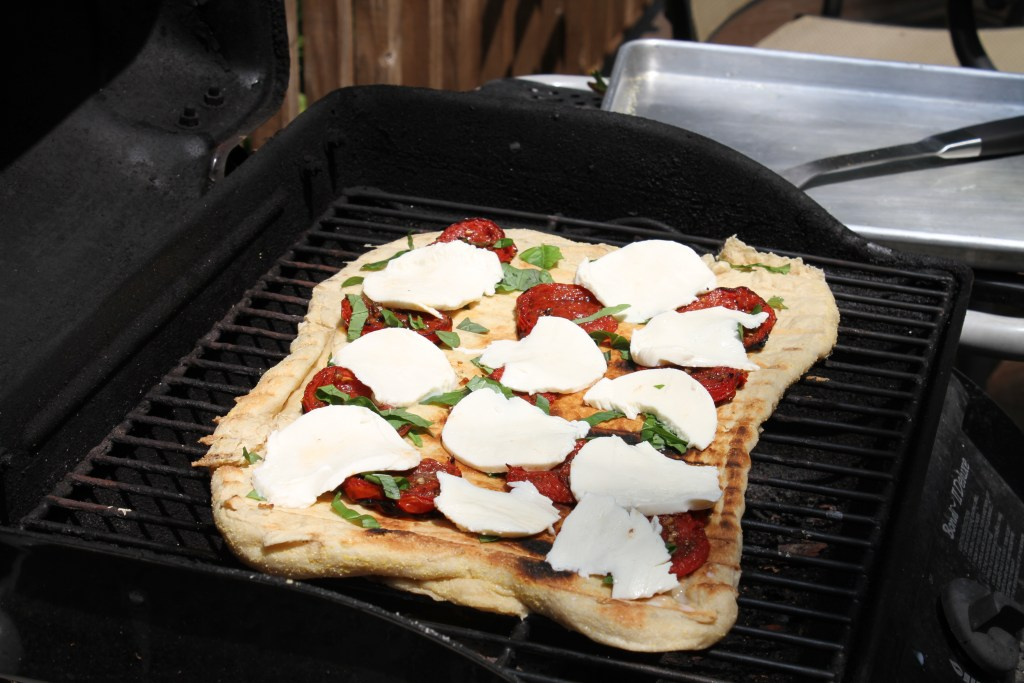 Easy Grilled Pizza-A step by step how to! {Brittany's Pantry}