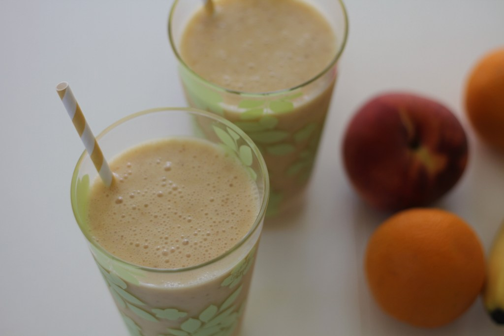 Peach & Banana Sunrise Smoothie