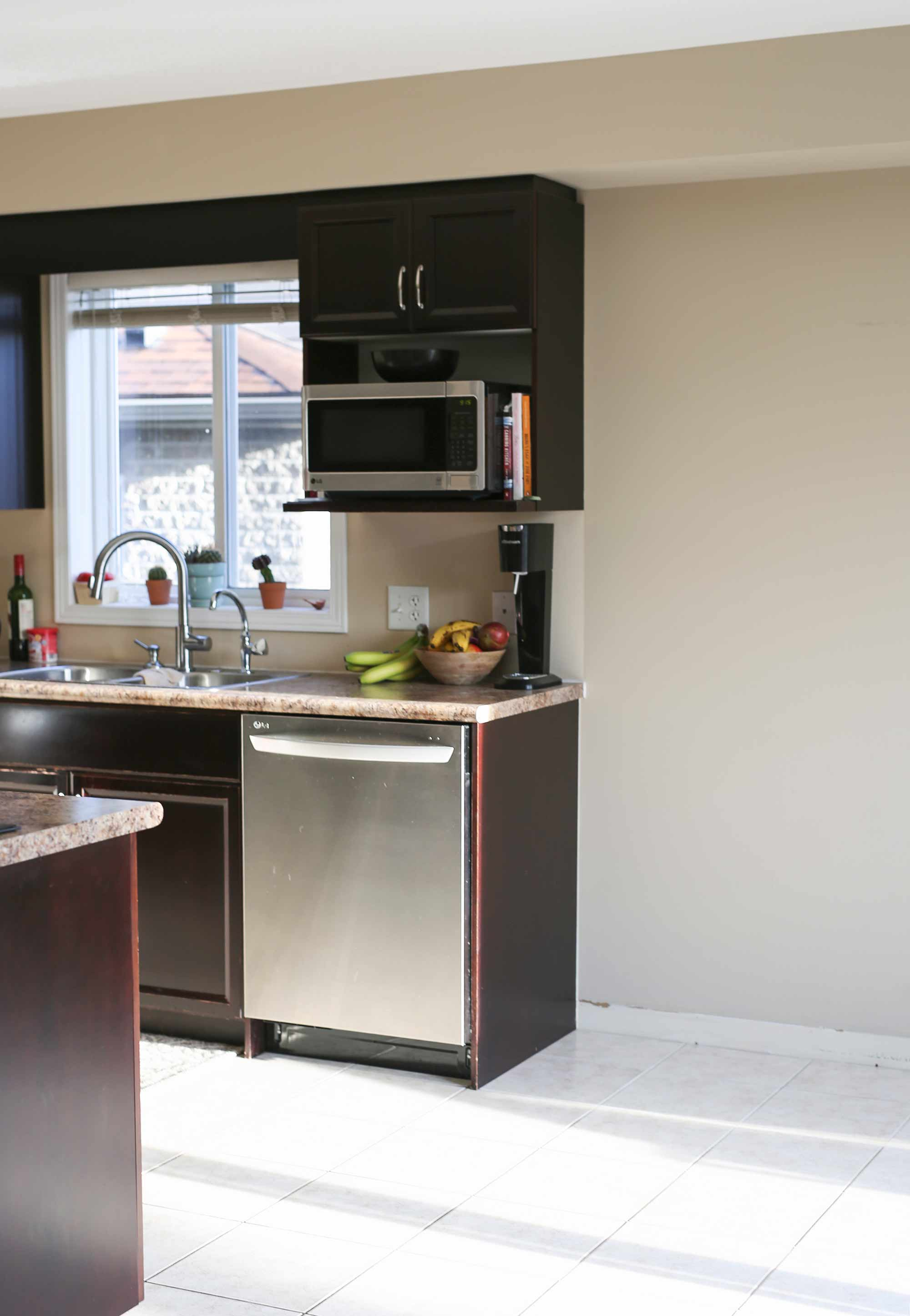 Creating A Dream Kitchen With Renuit's Cabinet Refacing