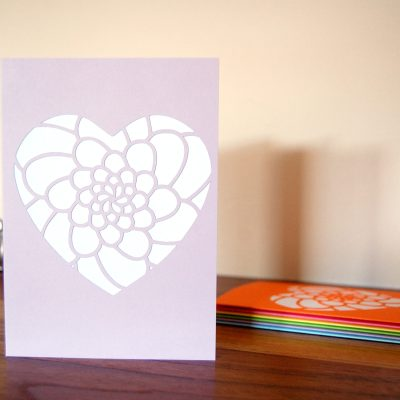 Mini Flower Heart Card in lilac and white