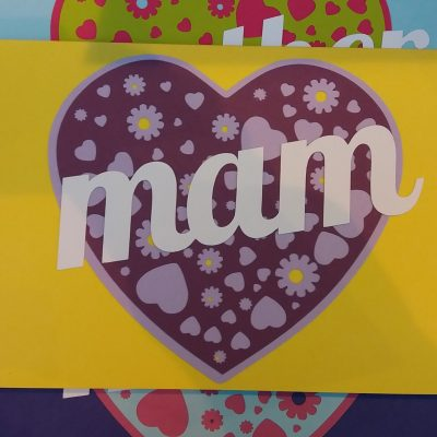 A Card for your Mam in yellow and purple.