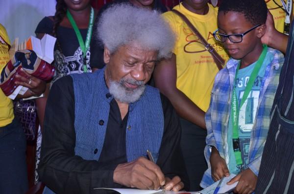 Wole Soyinka and a young fan.